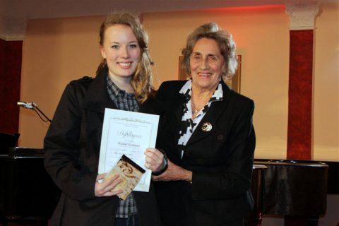 Međunarodno takmičenje solo pevača Vera Kovač Vitkai